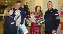 Policja pomogła małemu Jasiowi przyjść na świat w porodówce, a nie w korku na Marynarskiej