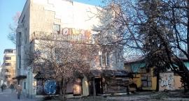 Skandal na Puławskiej 101: wali się Dom pod Skarabeuszami, sąsiedzi czują niepewność