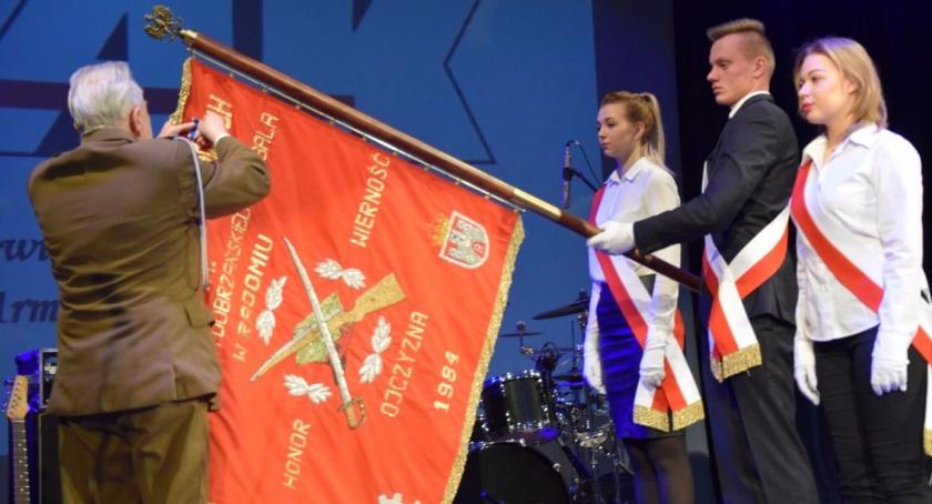Informacje z Radomia i okolic , Uczczono rocznicę urodzin Henryka Hubala Dobrzańskiego - zdjęcie, fotografia