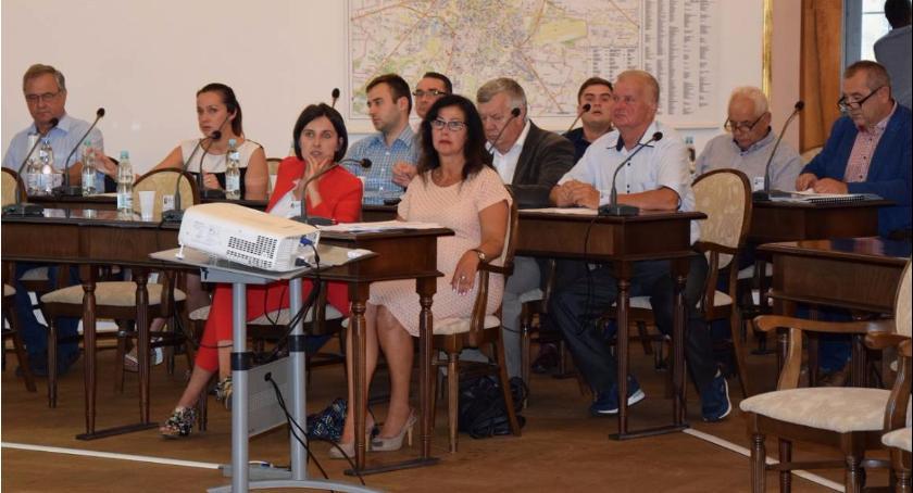 Informacje z Radomia i okolic , Przed sesja Miejskiej Radomiu Sprawdź program - zdjęcie, fotografia