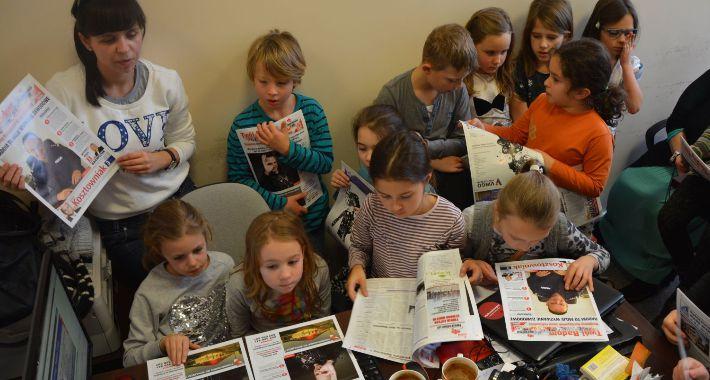 Informacje z Radomia i okolic , Dzieci odwiedziły naszą redakcję [GALERIA] - zdjęcie, fotografia