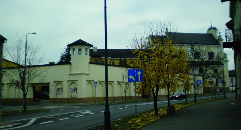 Felietony, Radomskie wędrówki historią kratami - zdjęcie, fotografia