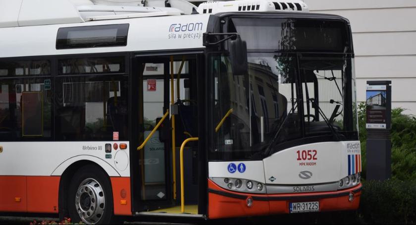 Komunikacja Miejska , soboty zmiana rozkładu jazdy autobusów - zdjęcie, fotografia