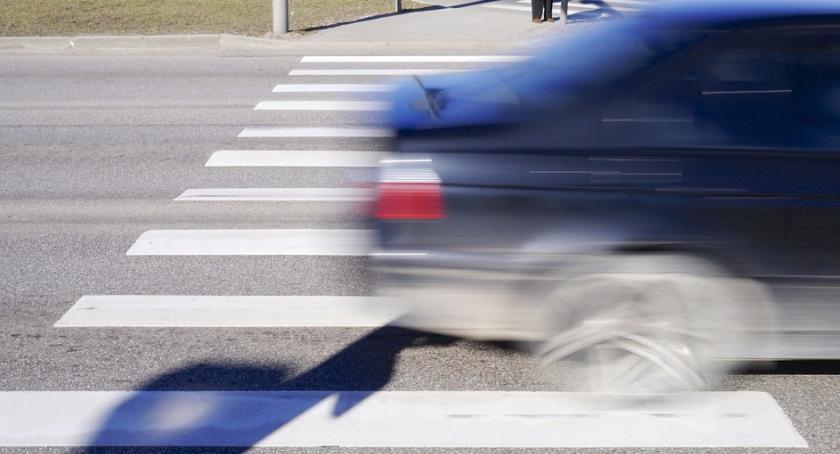 Wypadki, potrąceń radomskich drogach Policja apeluje ostrożność - zdjęcie, fotografia