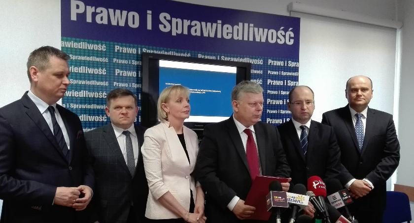 Ważne, Wojska Polskiego rygorem natychmiastowej wykonalności Wojewoda będzie wykupywał działki - zdjęcie, fotografia