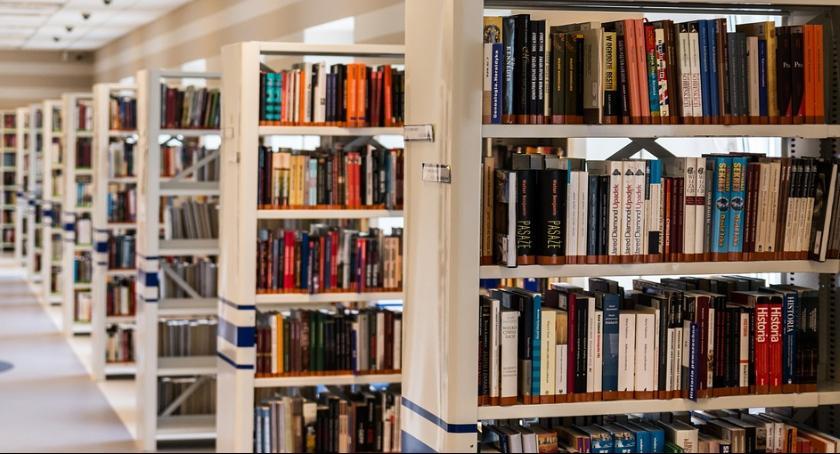 Inne, Wybieramy Bibliotekarza - zdjęcie, fotografia