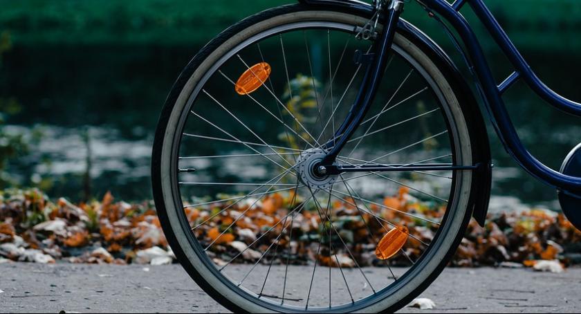 """Policja Radom, """"Mój Rower Życie"""" Działania profilaktyczne policji - zdjęcie, fotografia"""