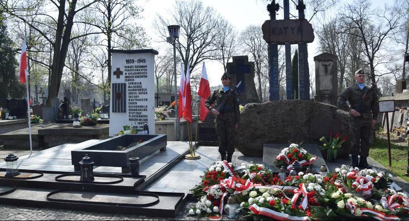 Wydarzenia, Obchody Pamięci Ofiar Zbrodni Katyńskiej [FOTO] - zdjęcie, fotografia