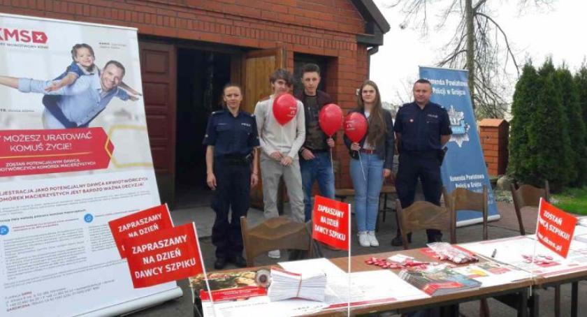 Policja Radom, Blisko nowych potencjalnych dawców szpiku zarejestrowano terenie powiatu grójeckiego [FOTO] - zdjęcie, fotografia
