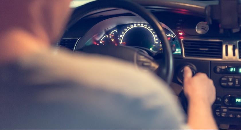 Kronika kryminalna, Nieuwaga brawura kierowcy stracili prawo jazdy - zdjęcie, fotografia
