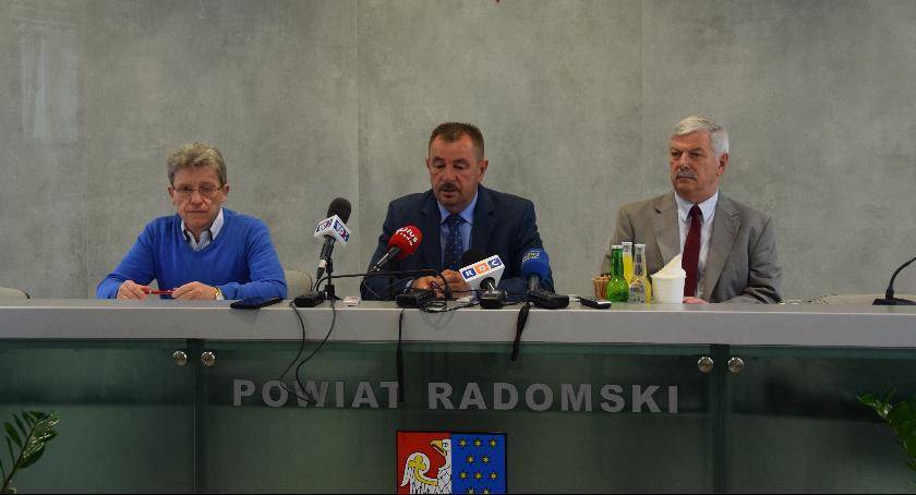 Powiat Radomski, Wspólny projekt miasta powiatu otrzymał dofinansowania przekreśla realizacji - zdjęcie, fotografia