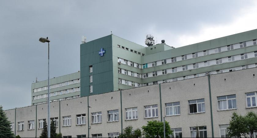 Służba zdrowia, Światowy Dzień Tytoniu Bezpłatne badanie szpitalu Józefowie - zdjęcie, fotografia