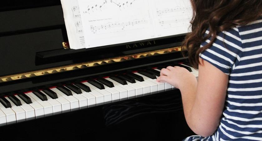 Koncerty, Koncert uczniów Zespołu Szkól Muzycznych stopnia - zdjęcie, fotografia