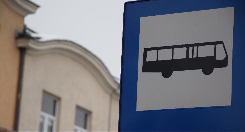 Komunikacja Miejska , Czasowe skrócenie trasy linii - zdjęcie, fotografia
