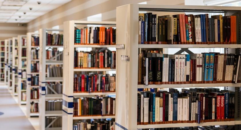 Książki, Święto Wolnej Książki Radomiu - zdjęcie, fotografia