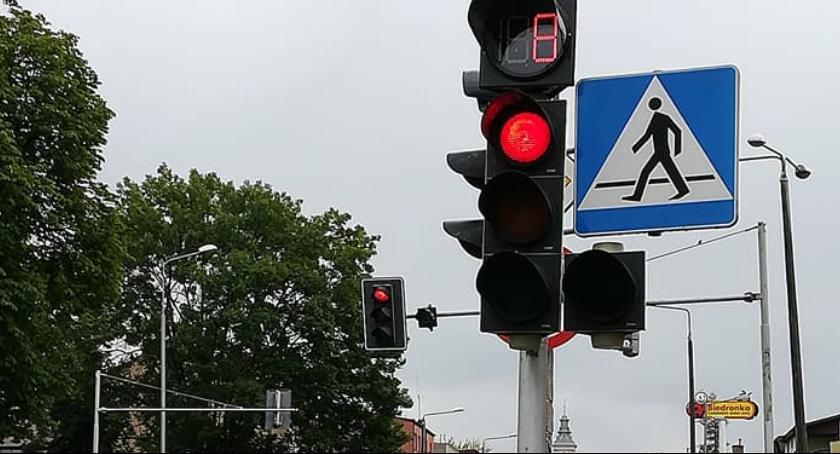 Informacje z Radomia i okolic , Pierwsze zegary zamontowane sygnalizacji świetlnej - zdjęcie, fotografia