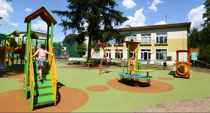 Informacje z Radomia i okolic , zabaw boisko Ogródku Jordanowskim - zdjęcie, fotografia
