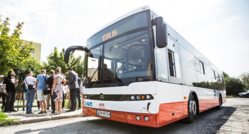 Ważne, autobusy ulicach Radomia - zdjęcie, fotografia