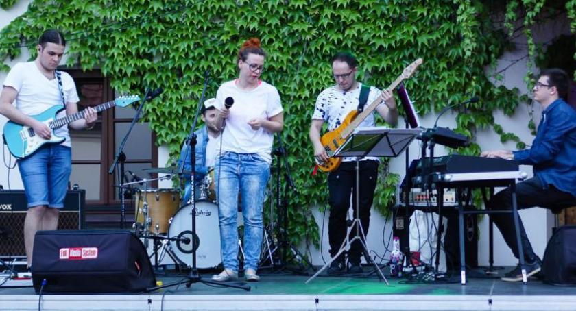 Koncerty, Koncert zespołu Funky Vibes Elektrowni - zdjęcie, fotografia