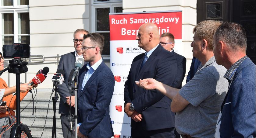 Ważne, Młodość Bezpartyjność Przyszłość Dominik Hebda kandydatem Prezydenta Radomia - zdjęcie, fotografia