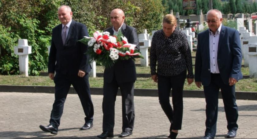 Powiat Radomski, Iłżanie uczcili rocznicę wybuchu Wojny Światowej Bitwy Iłżą [FOTO] - zdjęcie, fotografia