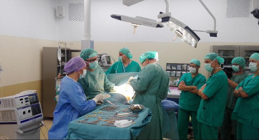 Służba zdrowia, Operacje rekonstrukcji piersi pierwszy Radomiu - zdjęcie, fotografia