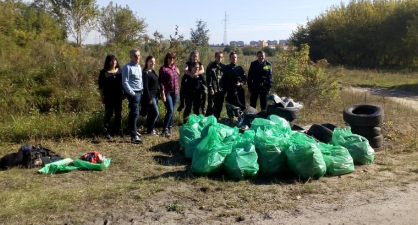 Informacje z Radomia i okolic , Posprzątali Kapturski - zdjęcie, fotografia