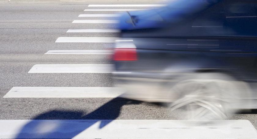Wypadki, Pijany prawa jazdy potrącił chłopca pasach - zdjęcie, fotografia