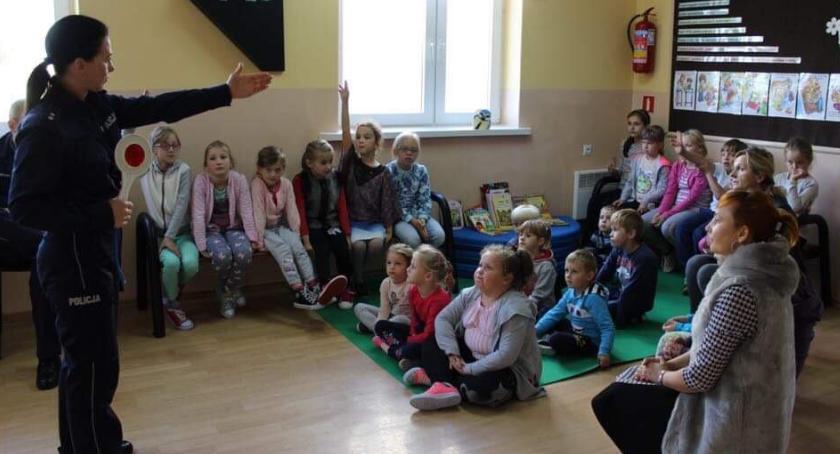 Powiat Radomski, Spotkanie uczniami Gulinie - zdjęcie, fotografia