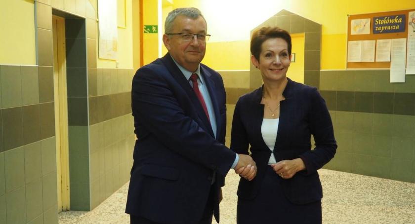 Powiat Radomski, Markowska Bzducha posłowie spotkali mieszkańcami Wolanowa [FOTO] - zdjęcie, fotografia