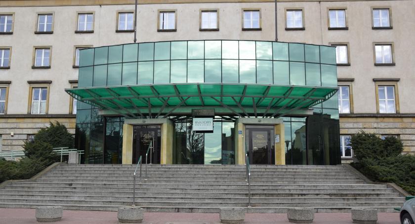 Informacje z Radomia i okolic , Przydatne informacje temat listopada - zdjęcie, fotografia