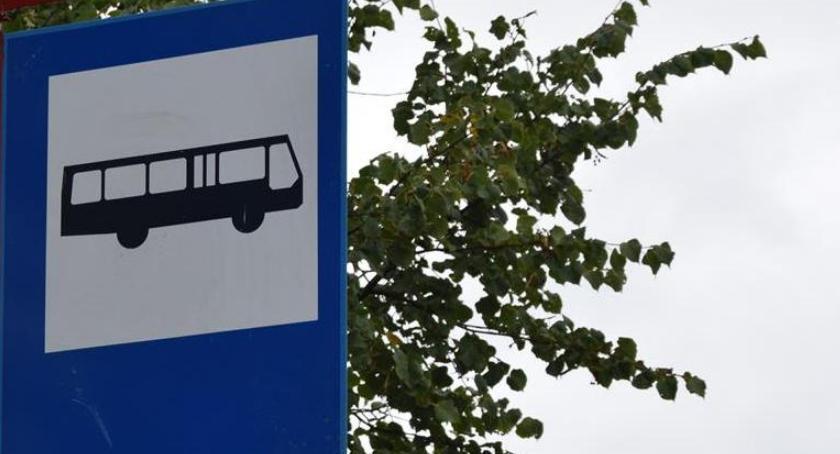 Komunikacja Miejska , Niedzielne rozkłady jazdy listopada - zdjęcie, fotografia