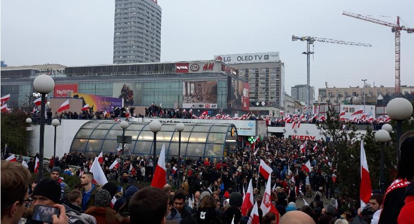 Ważne, Marsz Niepodległości Radomianie Marszu Niepodległości - zdjęcie, fotografia