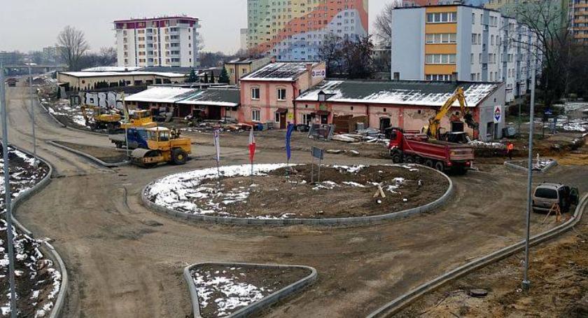 Inwestycje, Powstaje rondo zbiegu Żeromskiego Szklanej - zdjęcie, fotografia