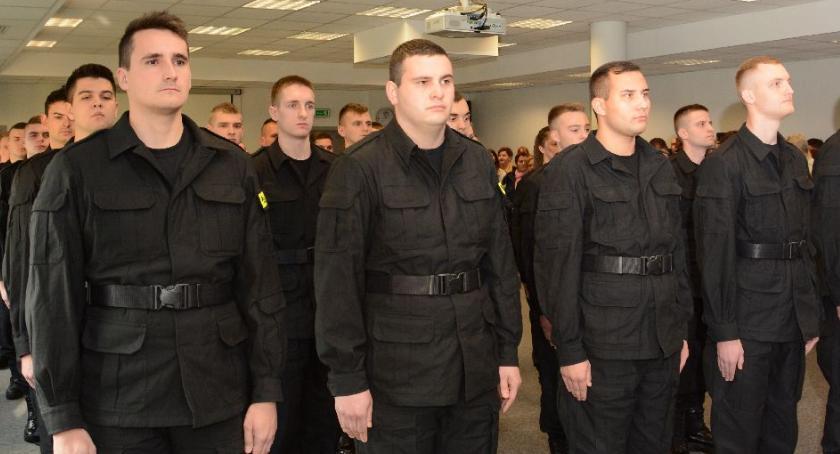 Policja Radom/Policja Mazowiecka, Ślubowanie przyjętych policjantów [FOTO] - zdjęcie, fotografia