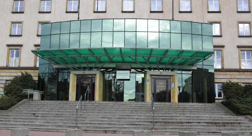 Informacje z Radomia i okolic , Urząd Miejski odpowiada konferencję radnych Prawa Sprawiedliwości - zdjęcie, fotografia