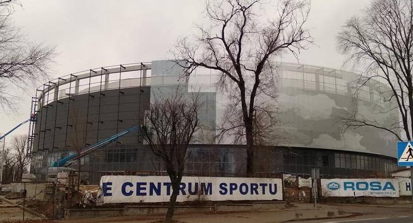 Inwestycje, dalej halą widowiskowo sportową - zdjęcie, fotografia