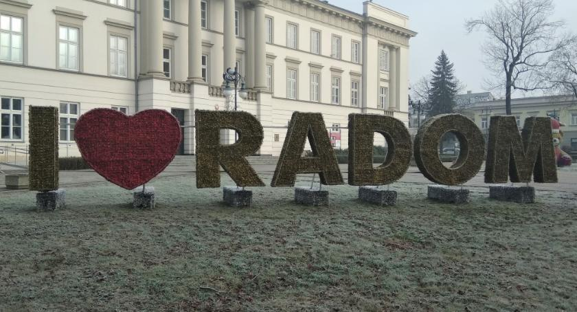 Informacje z Radomia i okolic , Bożonarodzeniowa iluminacja gotowa [FOTO] - zdjęcie, fotografia