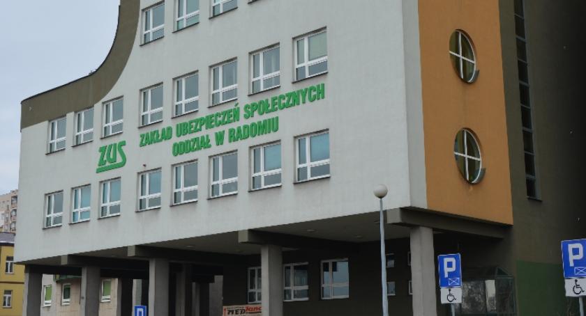 Informacje z Radomia i okolic , przypomina Pracuj legalnie - zdjęcie, fotografia