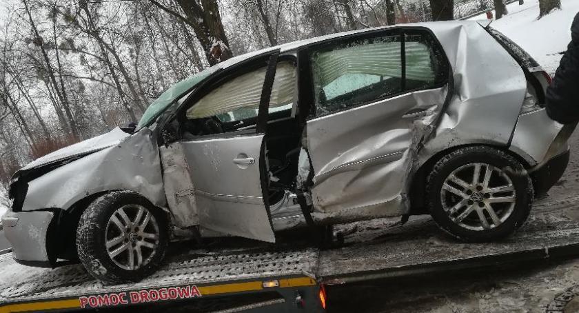 Wypadki, Trudne warunki drogach Policja apeluje bezpieczną ostrożną jazdę - zdjęcie, fotografia