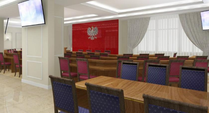 Informacje z Radomia i okolic , Radni przeniosą ratusza - zdjęcie, fotografia