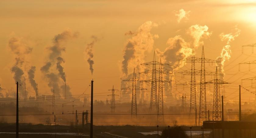 Komunikaty i ogłoszenia, Podwyższone stężenia zanieczyszczeń Mazowszu - zdjęcie, fotografia