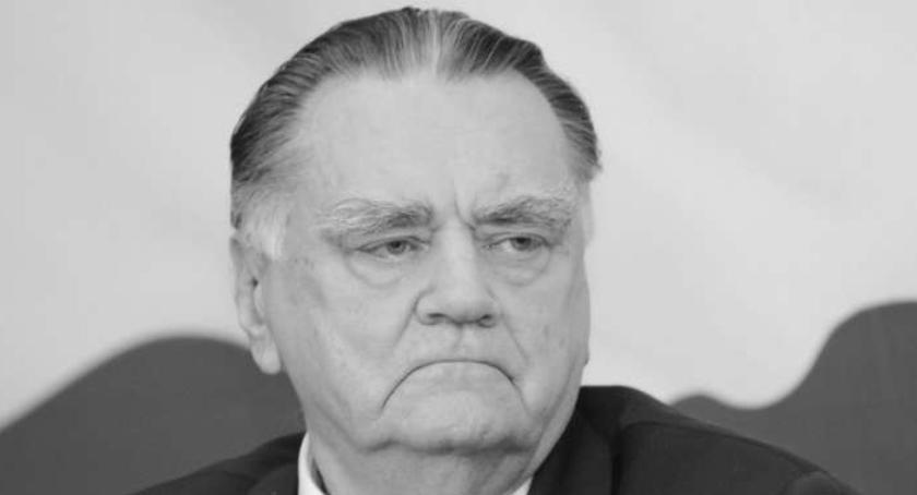 Wydarzenia, żyje Olszewski premier - zdjęcie, fotografia