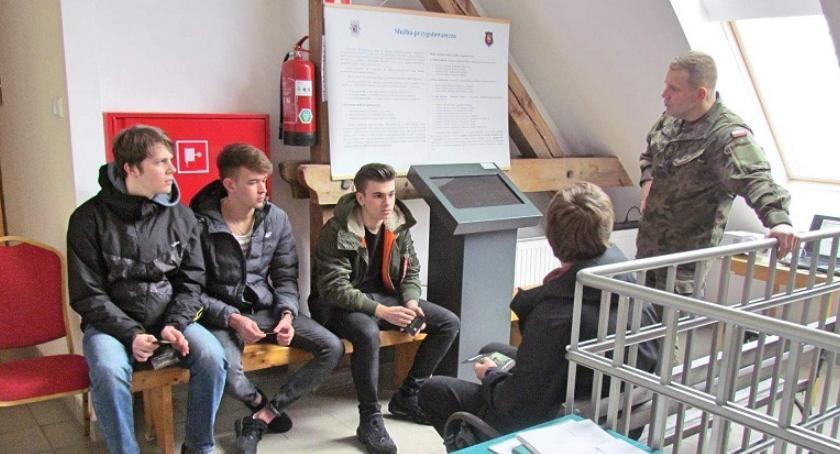 Informacje z Radomia i okolic , Mazowiecka Brygada Obrony Terytorialnej zaprasza wstąpienia swoje szeregi - zdjęcie, fotografia