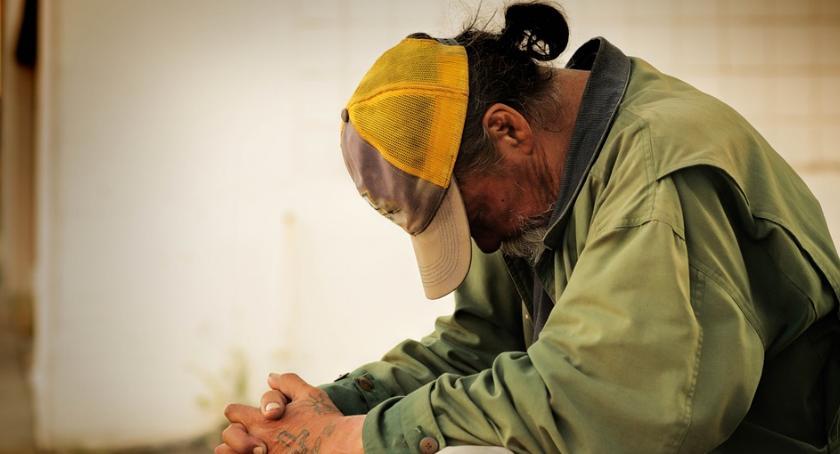 Informacje z Radomia i okolic , Policzą osoby bezdomne - zdjęcie, fotografia