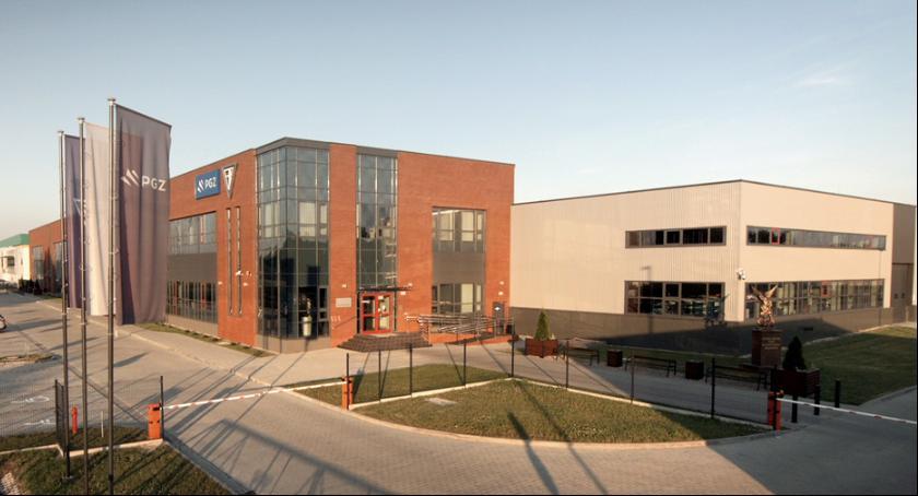 Służba zdrowia, Program prywatnej opieki medycznej Fabryce Broni - zdjęcie, fotografia