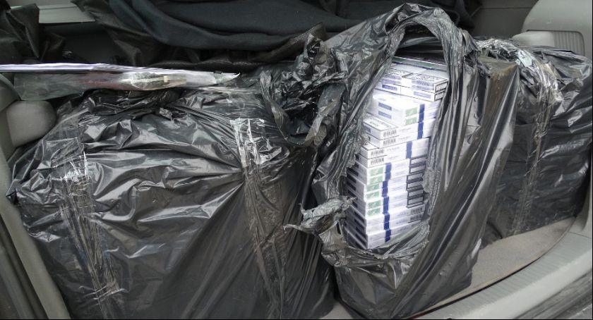 Kronika kryminalna, Przewozili papierosy akcyzy - zdjęcie, fotografia