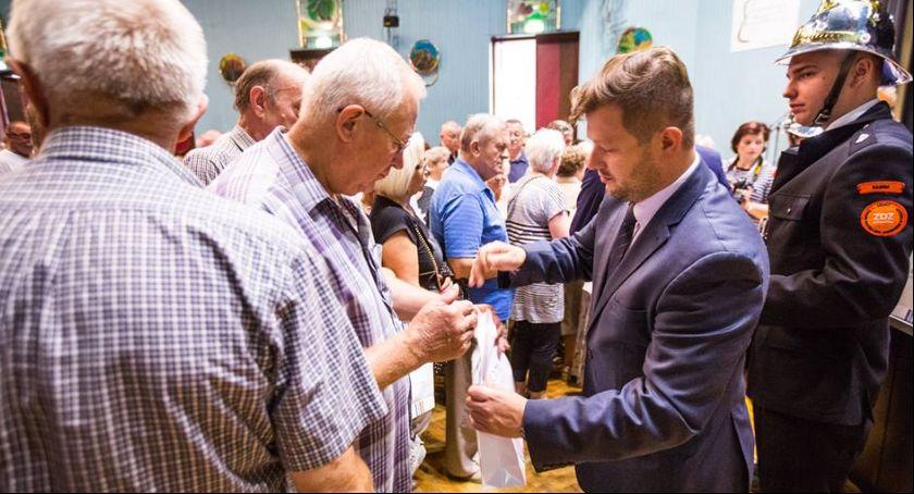 Informacje z Radomia i okolic , Seniorzy znów otrzymają czujniki czadu - zdjęcie, fotografia