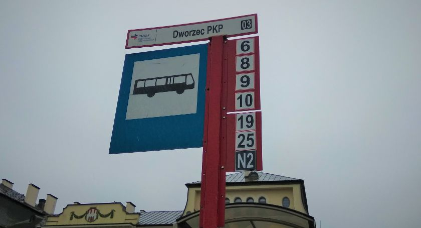Komunikaty i ogłoszenia, Korekty autobusów komunikacji miejskiej linii - zdjęcie, fotografia
