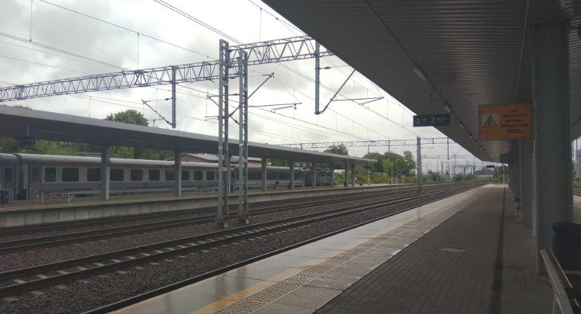 Inwestycje, Budowa linii kolejowej kolejne decyzje lokalizacyjne podpisane - zdjęcie, fotografia